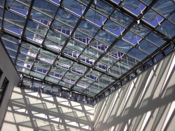Glasdach des Innenhofes